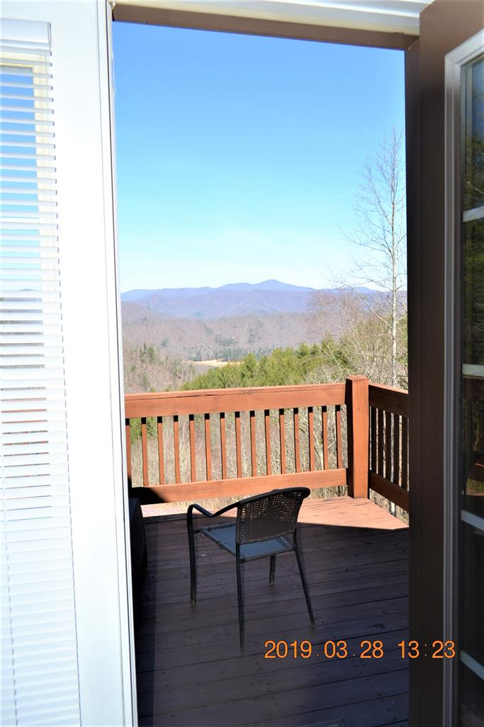 View out to the Master Suites Balcony Deck