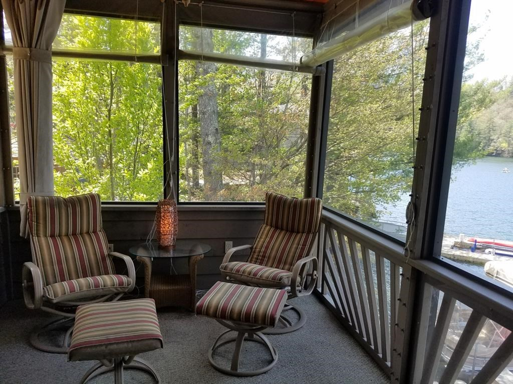 Screened Porch - views of both side of island wate