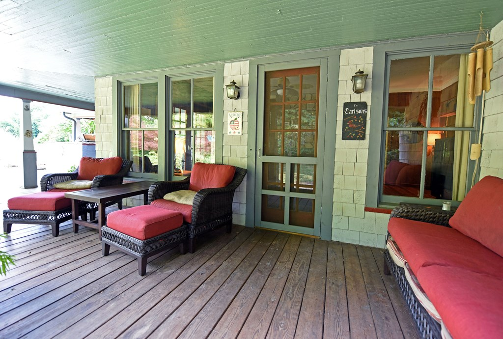 Lodging area porch