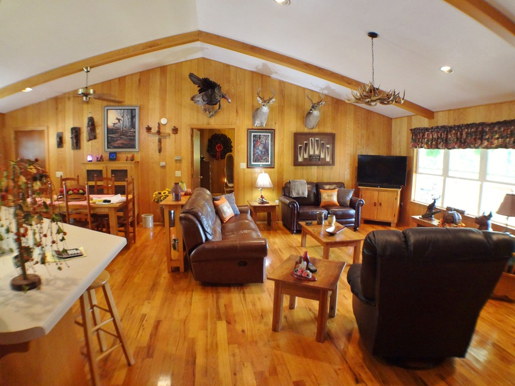 Wood floors and custom wall with Northern Red Oak